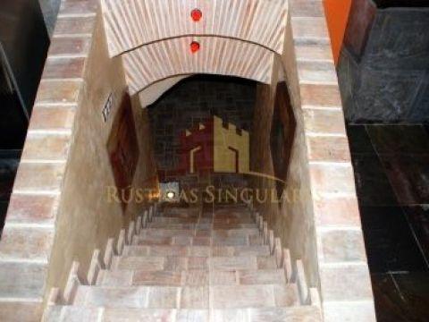 Access to cellar
