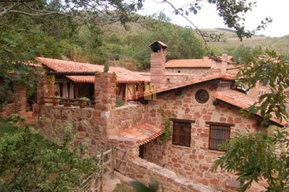 Casa en la montaña riojana