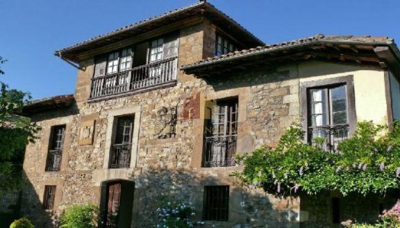 Casa palacio del XVI en tierras asturianas