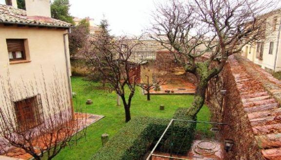 Casa del siglo XVI junto al acueducto de Segovia